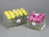 <p>Акриловые коробки с 15 и 9-ю розами.</p> <p><em><strong>Актуальность цен уточняйте у менеджера компании.</strong></em></p>