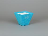 """<p><em><strong>Это вариант коробки. Мы изготовим любые коробки по Вашим требованиям.</strong></em></p> <p><em><strong>Материал:</strong></em><em>картон, бархат дизайнерский люкс скин (бирюзовый 264)</em></p> <p><strong><em>Технология:</em></strong><em>вырубка картона, каширование бархатом, монтаж ручек, нанесение тиснение</em></p> <p><strong><em>Размер, мм.:</em></strong><em>150х75 h135 мм</em></p> <p><strong><em>Примерная стоимость, руб.:</em></strong><em>от<strong>365</strong>(без нанесений и ручек)</em></p> <p><em>актуальность цен уточняйте у менеджеров компании</em></p> <p><strong><em><a title=""""KP na barhatnye korobki"""" href=""""http://estetis.ru/files/doc/KP%20na%20barhatnye%20korobki.pdf"""" target=""""_blank""""><em>Подробно про бархатные коробки</em></a></em></strong></p>"""